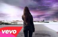 "Ariana Grande ""One Last Time"""