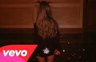 "Ariana Grande ""Santa Tell Me"""
