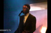 "Frank Ocean """"Dust/Acura Integurl"" Live In New York"""