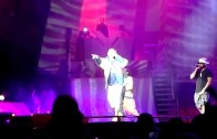 """Lil Wayne """"Brings Out Drake For """"Versace"""" In Buffalo"""""""