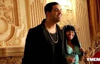 "Nicki Minaj ""Behind The Scenes of ""Moment 4 Life"" Shoot"""